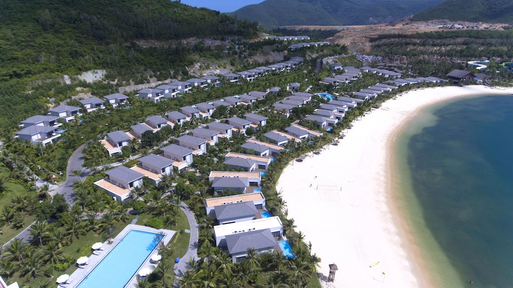 tien-do-xay-dung-vinpearl-Nha-Trang-Bay-8
