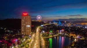 ha-long-bay-view-hoan-thien-di-vao-vn-hanh